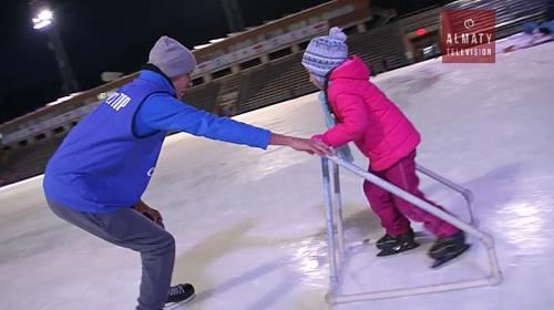 Алматинцам предлагают бесплатно научиться кататься на коньках