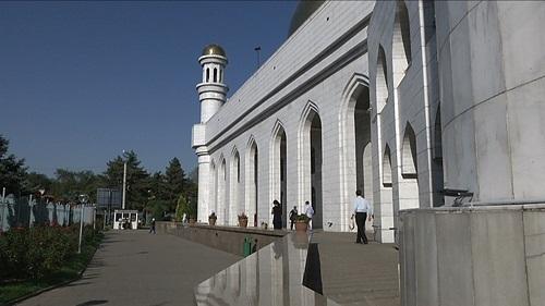 Священнослужители Алматы решили по-своему бороться с коррупцией