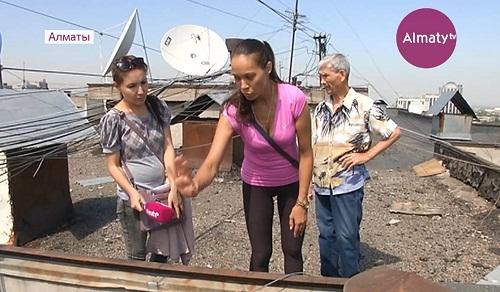 В Алматы на глазах жильцов разваливается одна из многоэтажек
