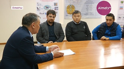 Бездомному учёному-физику в Алматы нашли работу