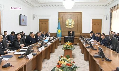 В Алматы наказали госслужащих за нарушение служебной этики