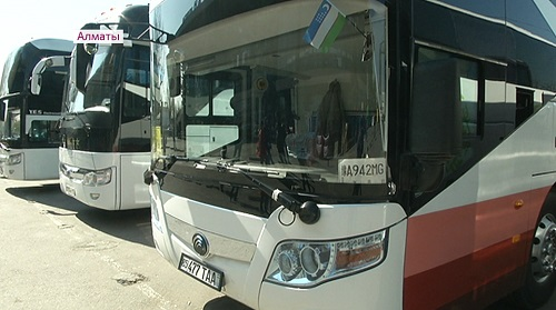 Спустя 17 лет: между Алматы и Ташкентом возобновили автобусное сообщение