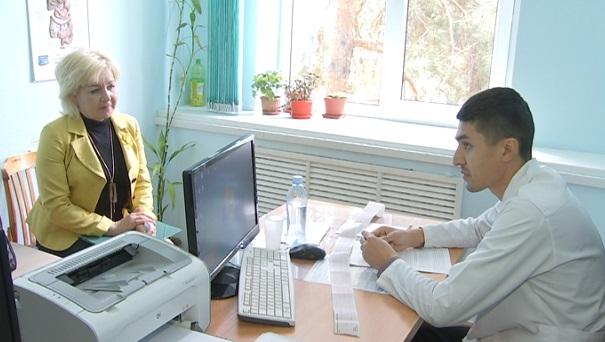 День открытых дверей: в ЦКБ Алматы провели бесплатный медосмотр