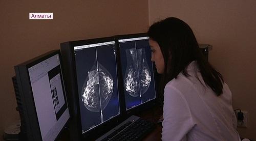 В Алматы зарубежные специалисты провели мастер-классы для врачей-онкологов