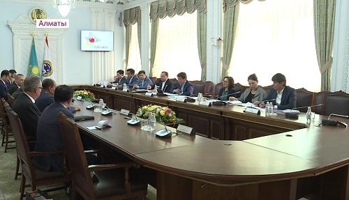 Бауыржан Байбек провел встречу с председателем Ассоциации катарских бизнесменов