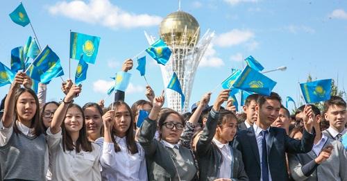 В Казахстане последний звонок прозвенел для 147 тысяч выпускников школ