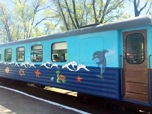 В Караганде запустили детскую железную дорогу