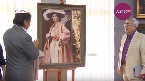 Высокая мода: портрет знаменитой модели Кристиана Диора показали на вернисаже в музее им. А.Кастеева