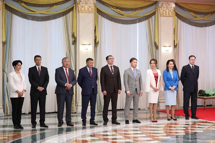 """Награда за труд: телеканал """"Алматы"""" получил благодарность от Президента"""