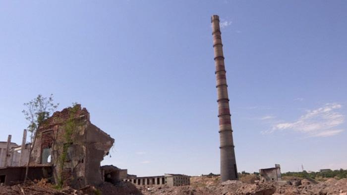 В Шымкенте сносят свинцовый завод