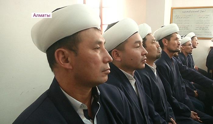 В Алматы спецгруппа из 70 человек проведёт беседу со школьниками по вопросам религии