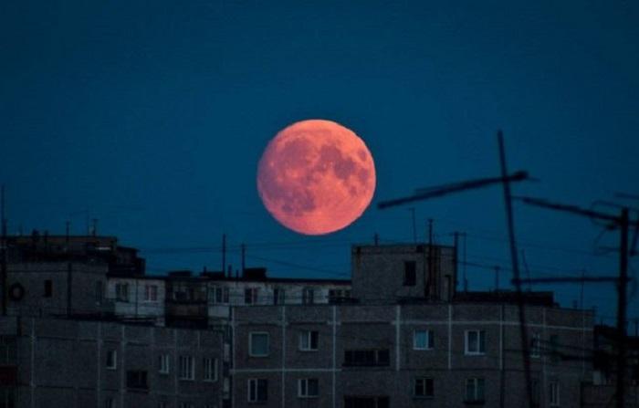 Красная луна взойдет над Казахстаном