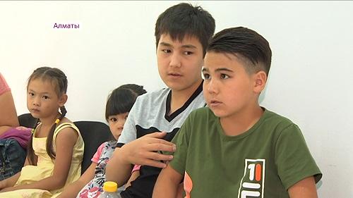 Благотворительный фонд «Ниет» обеспечил новой одеждой нуждающихся