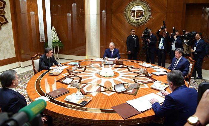 Нурсултан Назарбаев отметил улучшение экологической обстановки в районе  Аральского моря