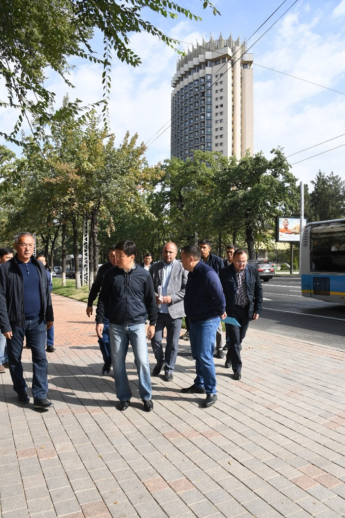 Бауыржан Байбек раскритиковал качество строительных работ на проспекте Абылай хана