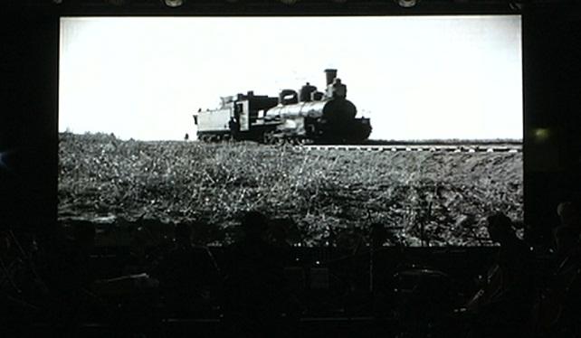 Алматинцам показали озвученный документальный фильм «Турксиб» на большом экране