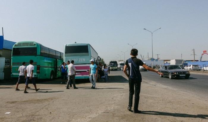 В Туркестанской области задержан мужчина, оставивший сумку с телом женщины возле рынка
