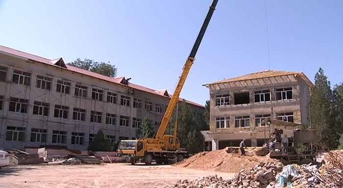 Строительство 48 школ в регионах Казахстана под угрозой срыва