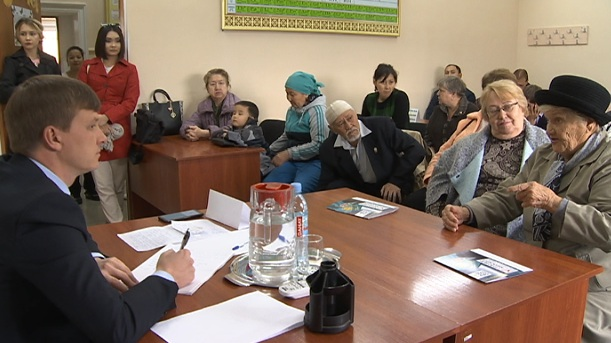 Кандидат  в депутаты маслихата пообещал решить проблемы жителей Турксибского района еще до выборов