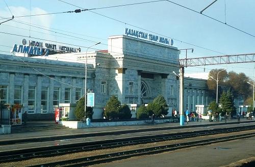 Более 50 ж/д вокзалов реконструируют в течение 5  лет в Казахстане