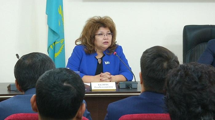 Частные компании должны задуматься о повышении зарплат сотрудникам – общественники Алматы