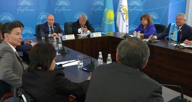 Нуротановцы Алматы обсудили послание Президента Казахстана