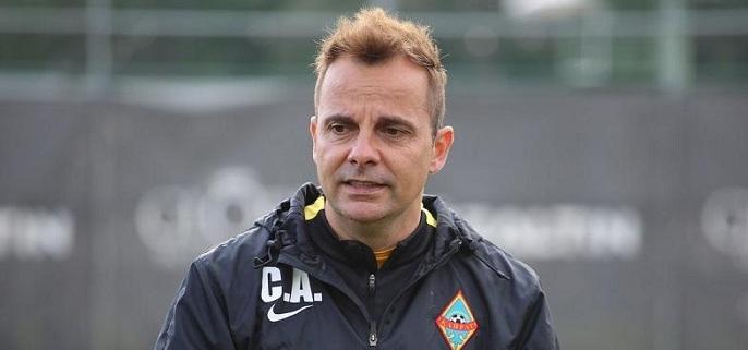 ФК «Кайрат» отправил в отставку главного тренера