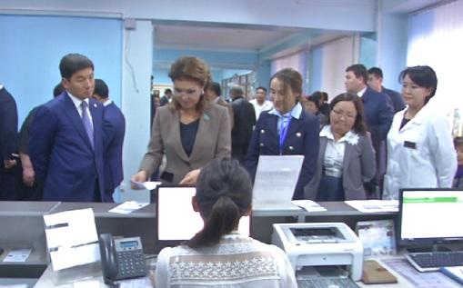 Дарига Назарбаева посетила  поликлиники Алматы