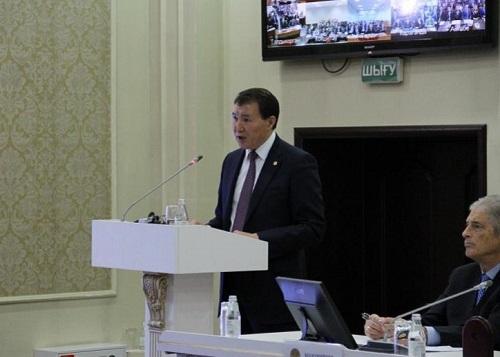 Новую кадровую политику для госслужащих предложили в антикоррупционном ведомстве Казахстана