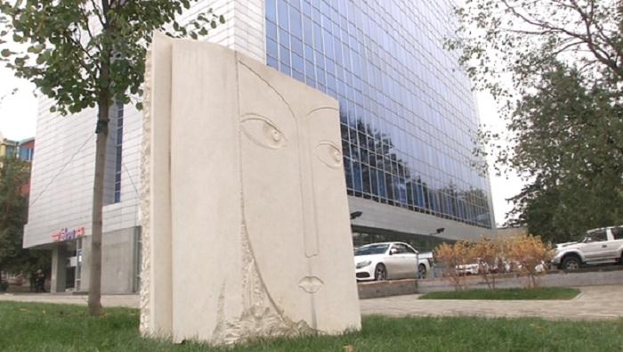 Гигантская монета и сумка Калмыкова: десятки новых арт-объектов появятся в Алматы