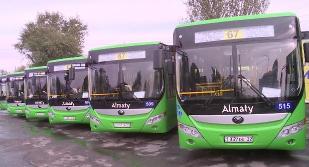 Продолжается обновление автобусов на маршрутах в Алматы