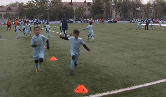 Построенный по европейским стандартам учебно-тренировочный комплекс  для юных футболистов открылся в Алматы