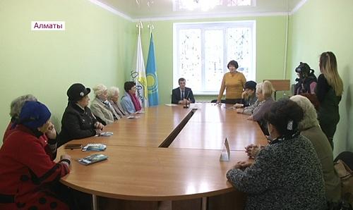 Выборы в маслихат: кандидаты в депутаты продолжают встречи с жителями районов Алматы