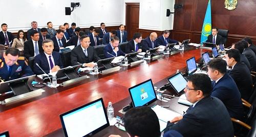 Бюджетные деньги в виде микрокредитов станут выдавать в Казахстане, минуя банки