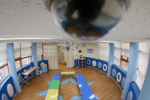 Видеокамеры установят во всех детсадах Казахстана
