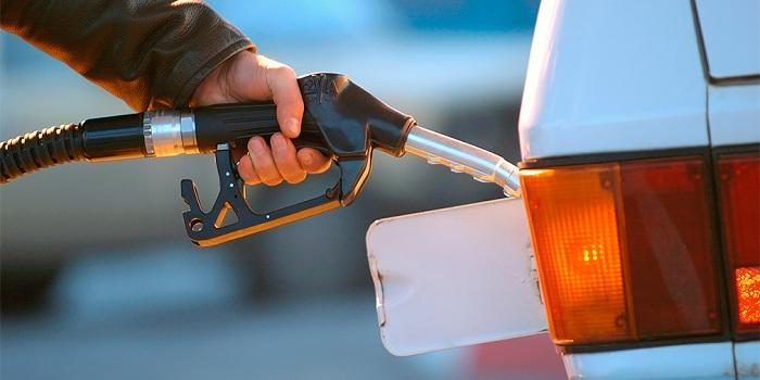 Зимнее дизтопливо по рекордно высокой цене продают в Уральске