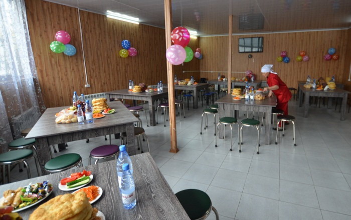 Бесплатная столовая открылась в Алматы