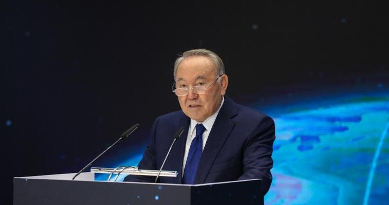 Нурсултан Назарбаев рассказал, как цифровизируют Казахстан