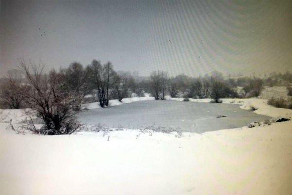 Провалившийся под лед рыбак погиб в ВКО