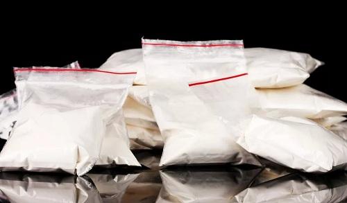 Полиция отпустила 86 человек, завезших синтетические наркотики в Казахстан