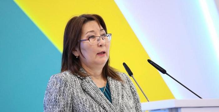 Почти 2 тыс. человек прикреплены к одному врачу в Казахстане
