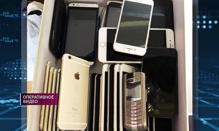Полиция Алматы возвращает вещи владельцам из особняка скупщика краденого