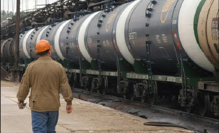 Казахстан готов экспортировать бензин в Кыргызстан