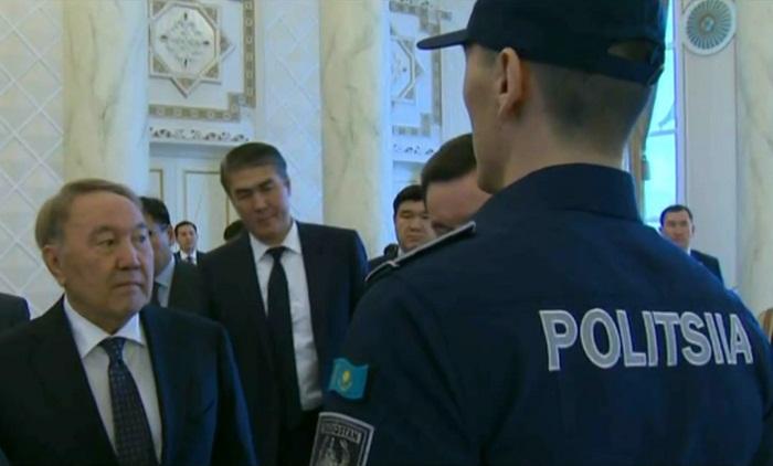 Новую форму полицейских показали президенту