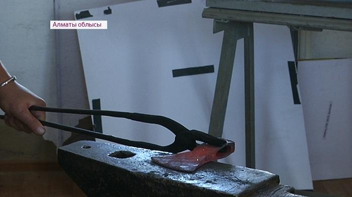 Обучиться кузнечному делу и древним ремеслам кочевников можно в музее Алматинской области