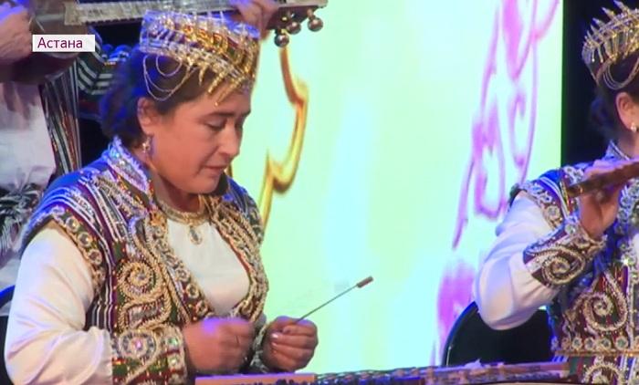 Узбекские артисты из Туркестанской области дали концерт в Астане