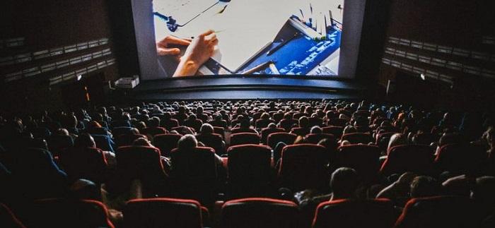 Фильмам в кинотеатрах добавят казахские субтитры