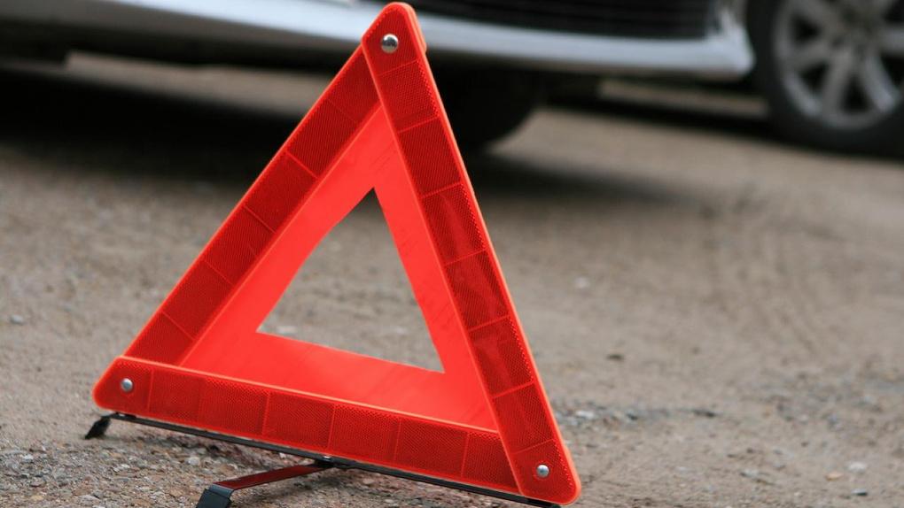 Полицейского лишили водительских прав за ДТП в пьяном виде в Павлодарской области