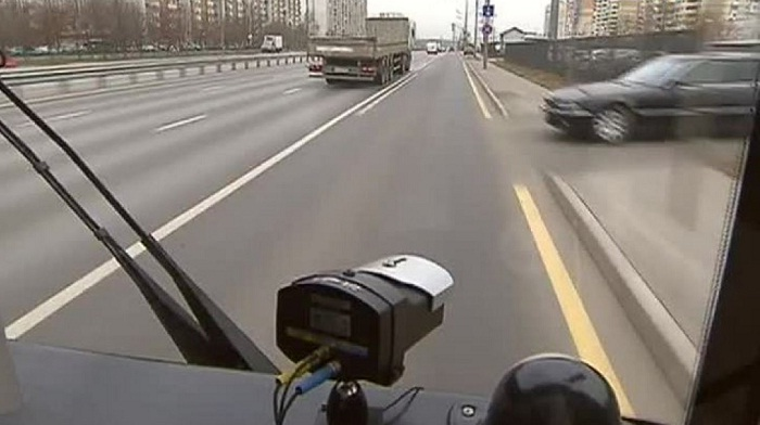 Видеокамеры «Жолак» на автобусах начнут фиксировать нарушения на дороге уже в декабре