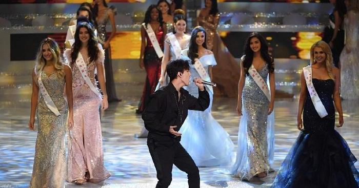 Песня на казахском языке Димаша взорвала зал в финале «Мисс Мира-2018» (видео)